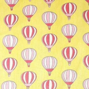 Tricoline Balões Médios fundo Amarelo 100% algodão - valor referente a 50 cm x 1,50 mt